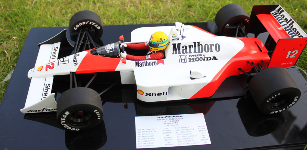 1988 Mclaren Honda MP4/4 F1 World Champion Ayrton Senna Diecast Model Car